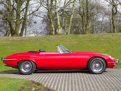 Lot 1973 Jaguar E-Type V12 Roadster