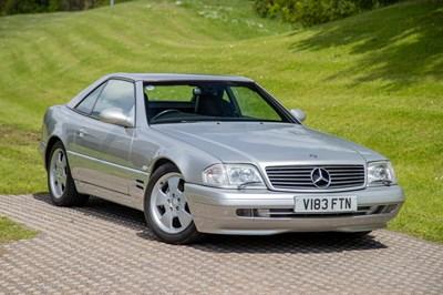 Lot 1999 Mercedes-Benz SL 320