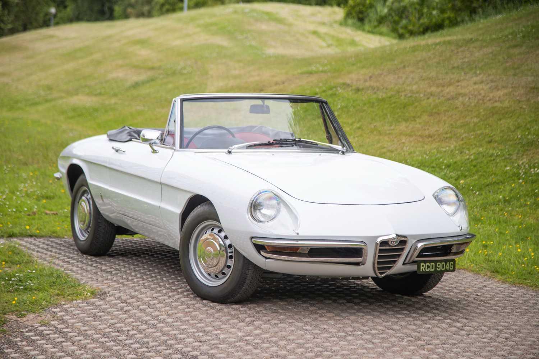 Lot 16 - 1969 Alfa Romeo 1750 Spider Veloce