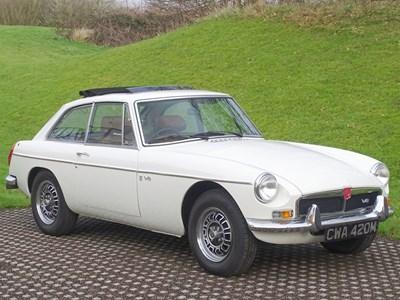 Lot 1974 MG B GT V8